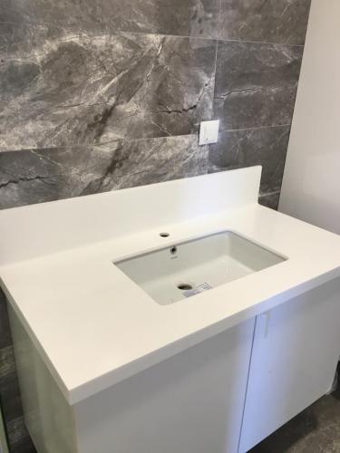 akrilik-banyo-tezgah7