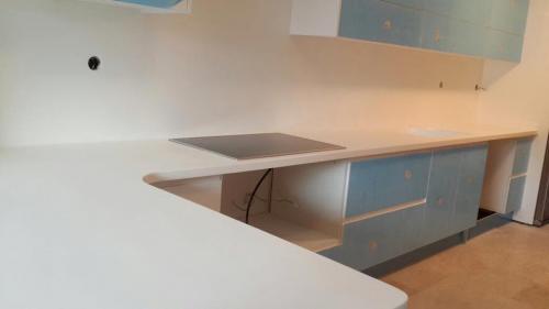 akrilik-mutfak-tezgah9